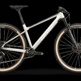 Twostroke 01 One M – 2021